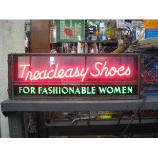 Treadeasy Shoes Neon Sign